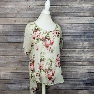 Live 4 Truth Floral Blouse
